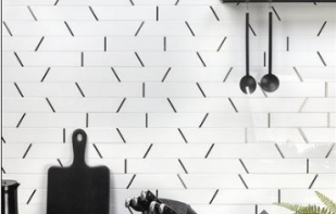 ORACLE TRAPEZOID CRYSTALLIZED PORCELAIN & BLACK STAINLESS STEEL